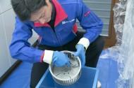強い油汚れの除去